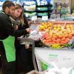 Smart_shopping_cart_In_Canada