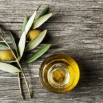 Olive oil_top_10_fatfood_good_for_health
