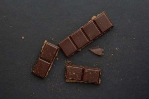top_10_fatfood_good_for_health_Dark_chocolate