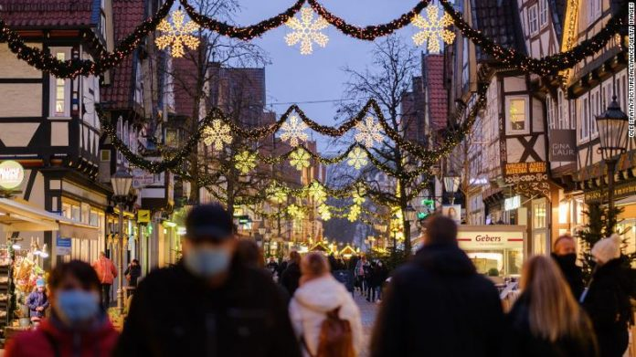 Germany to go into national lockdown over Christmas as a precatuin to avoid in Covid-19 cases